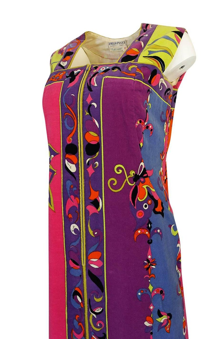 1960s Emilio Pucci Vivid Printed Velvet Front Zipper Dress For Sale 2