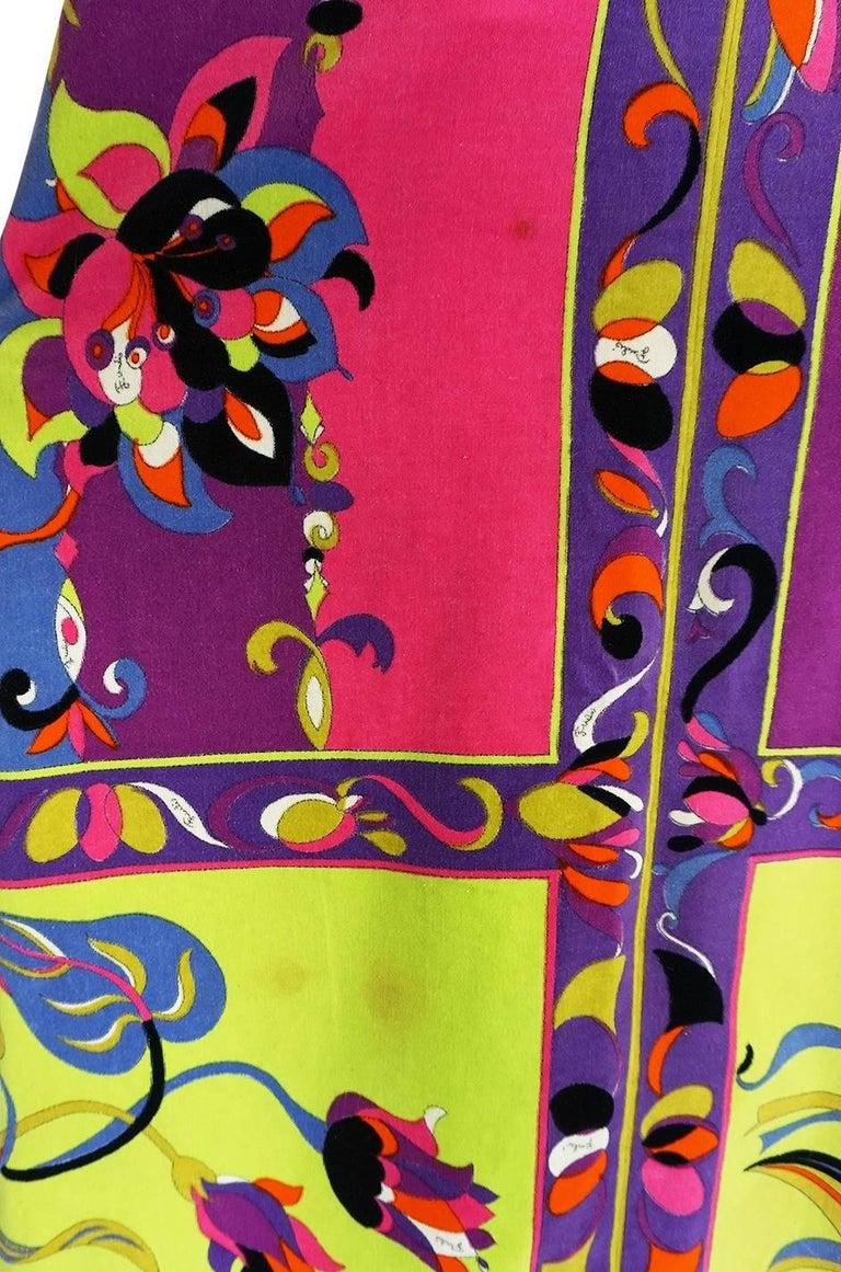1960s Emilio Pucci Vivid Printed Velvet Front Zipper Dress For Sale 3