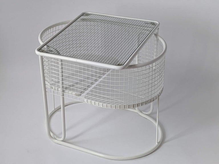 1960s EMU Pivoting Wire Chair Under Table System, Italy For Sale 3