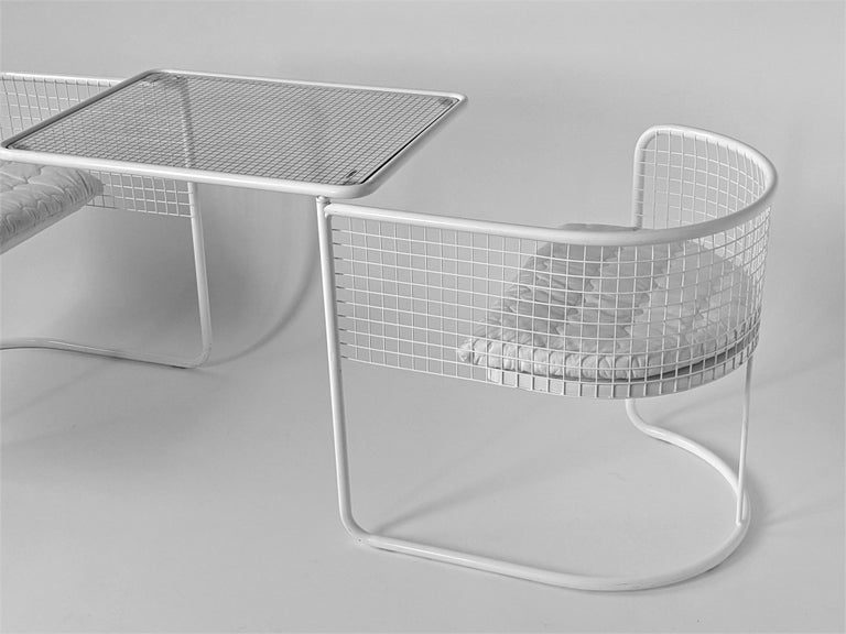 Italian 1960s EMU Pivoting Wire Chair Under Table System, Italy For Sale