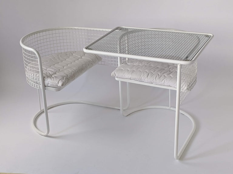 Steel 1960s EMU Pivoting Wire Chair Under Table System, Italy For Sale