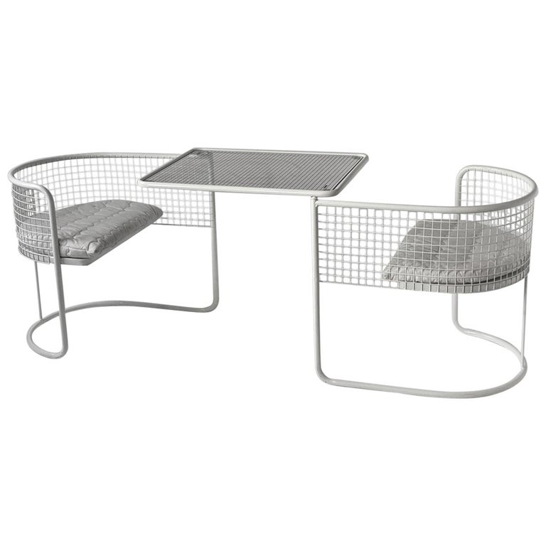 1960s EMU Pivoting Wire Chair Under Table System, Italy For Sale
