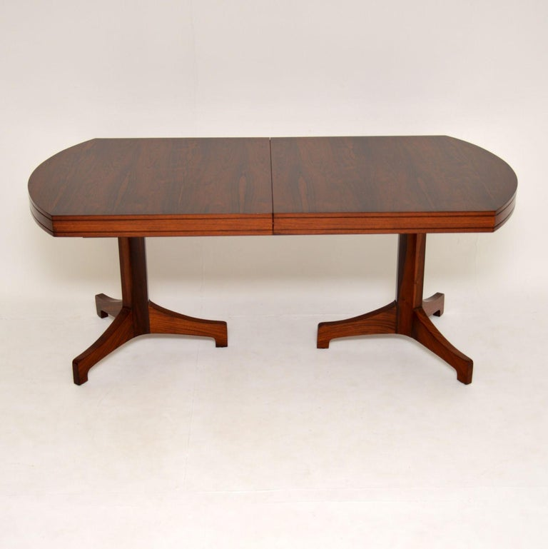 1960s Extending Dining Table by Robert Heritage In Good Condition For Sale In London, GB