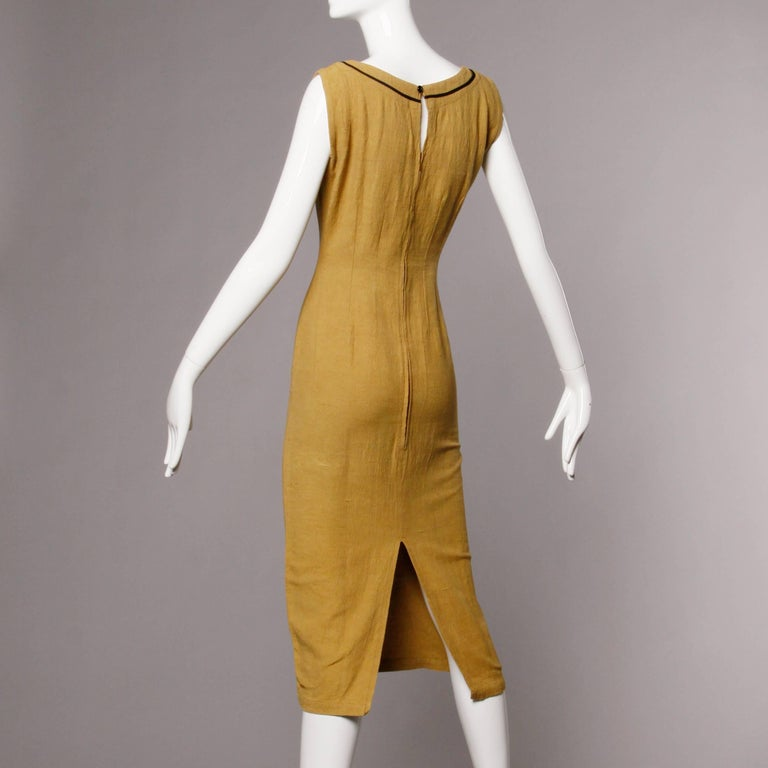 Women's 1960s Extremely Rare Early Pre-Orange Label Missoni Dress with Mod Design For Sale