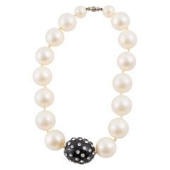 1960s Faux Pearls Choker Beaded Necklace