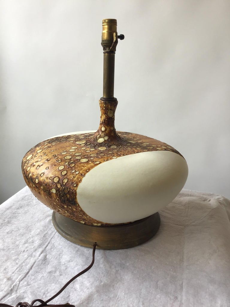 1960s Flattened Matte White Ceramic Lamp with Textural Glaze 5