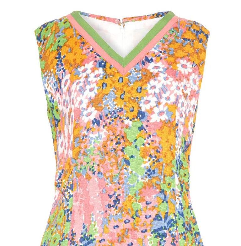 Beige 1960s Floral Print Linen Dress With Grossgrain Trim  For Sale