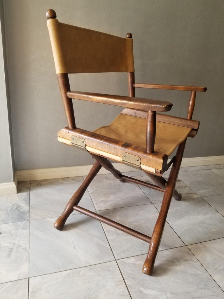 1960s Foldable DIRECTORS Safari Chair by Gold Medal Folding Furniture Racine WI In Good Condition For Sale In National City, CA