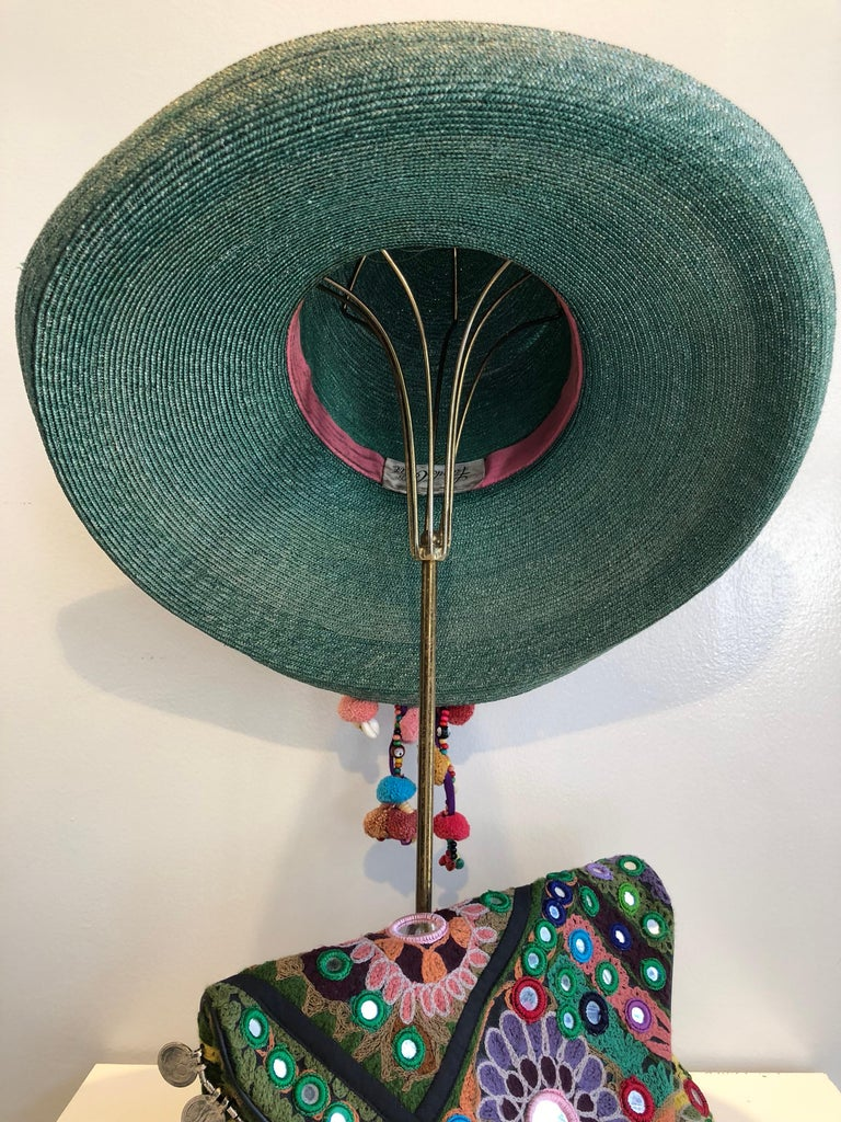 1960s Frank Olive Jade Green Straw Hat & Moroccan Textile Boho Clutch For Sale 13
