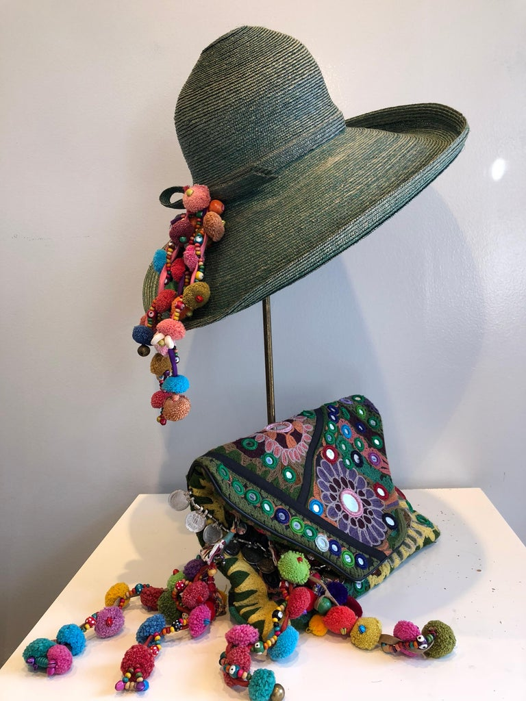 1960s Frank Olive Jade Green Straw Hat & Moroccan Textile Boho Clutch For Sale 15
