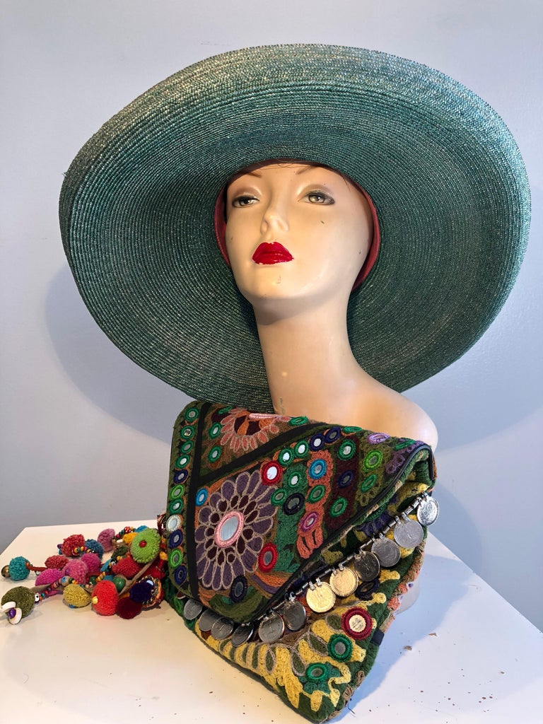 1960s Frank Olive Jade Green Straw Hat & Moroccan Textile Boho Clutch For Sale 1