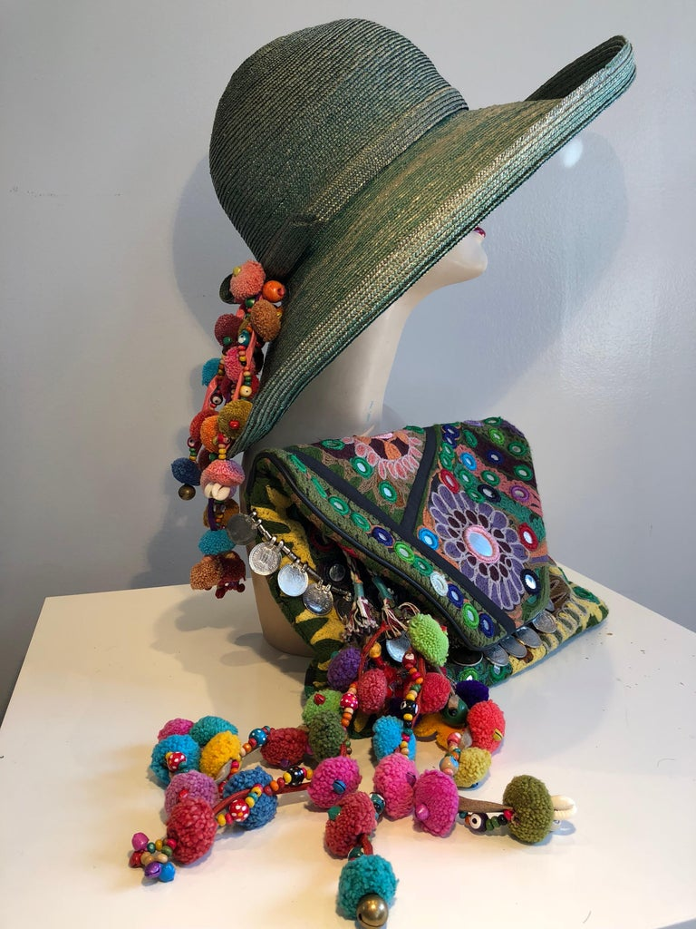 1960s Frank Olive Jade Green Straw Hat & Moroccan Textile Boho Clutch For Sale 2