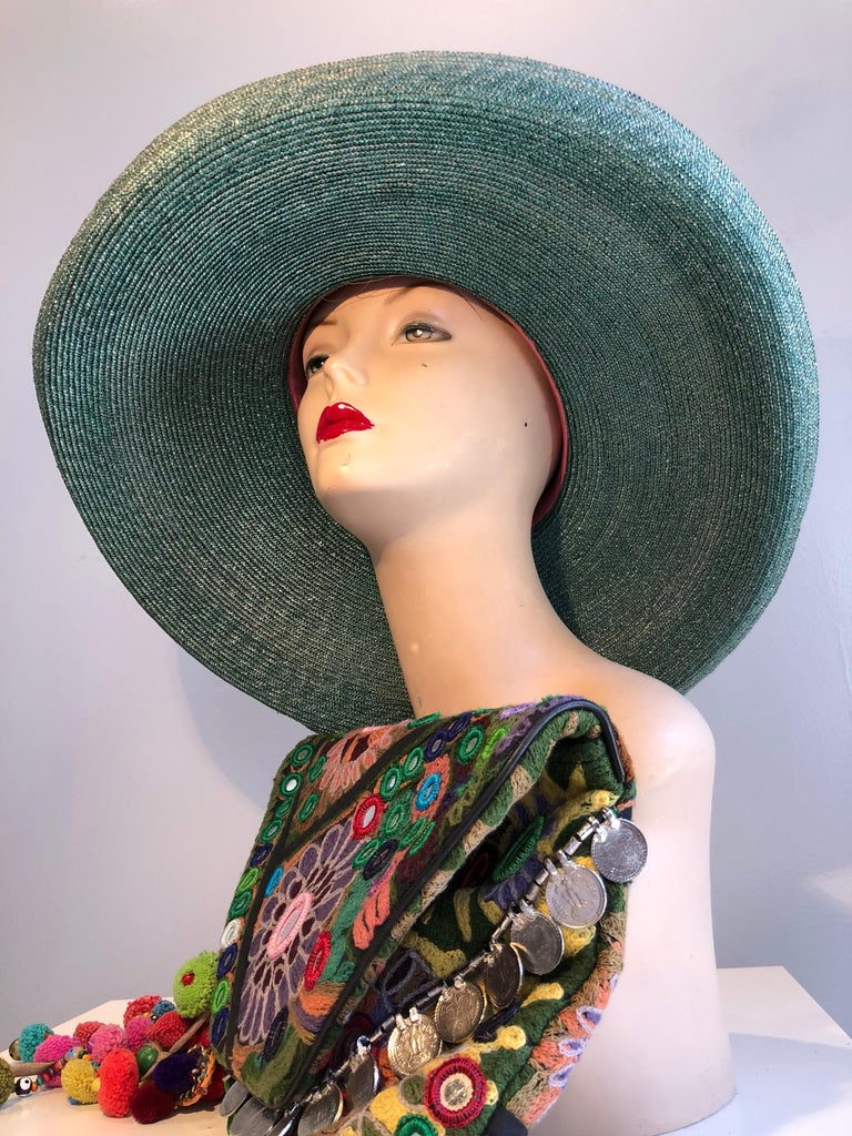 1960s Frank Olive Jade Green Straw Hat & Moroccan Textile Boho Clutch For Sale 3