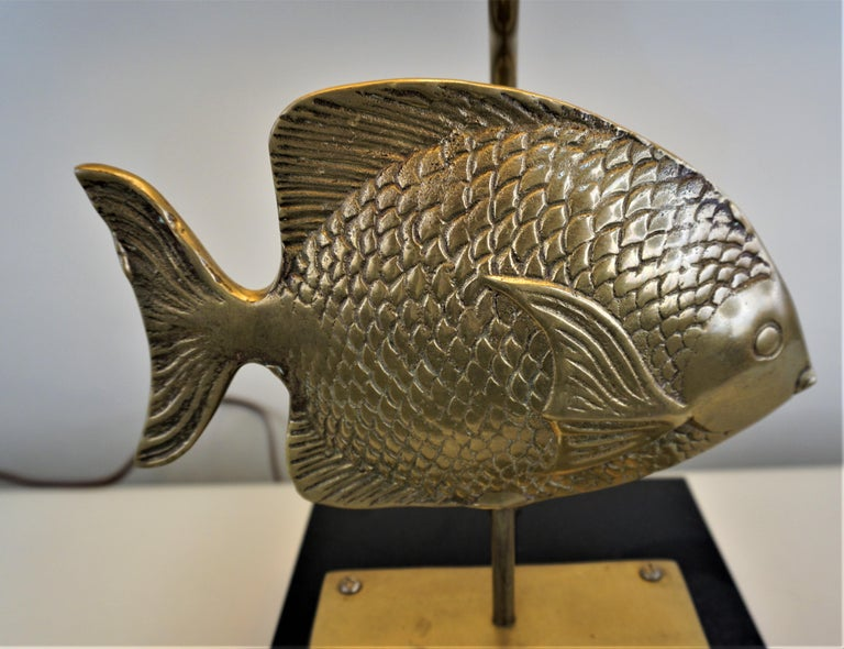 Lacquered 1960s French Bronze Fish Table Lamp For Sale