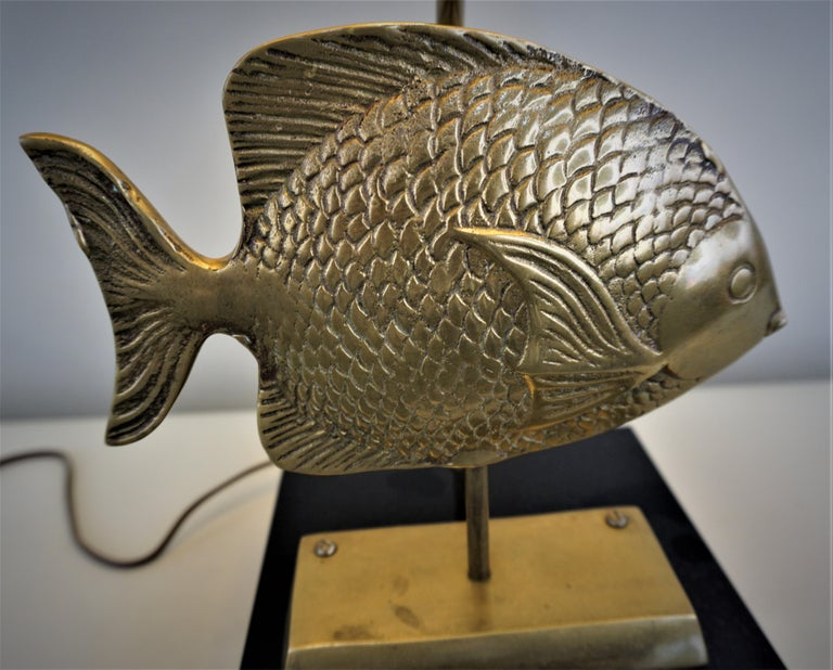 1960s French Bronze Fish Table Lamp For Sale 2