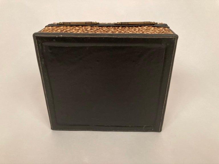 1960s French Leopard Box with Lizard Skin Interior and Black Leather Trim For Sale 6
