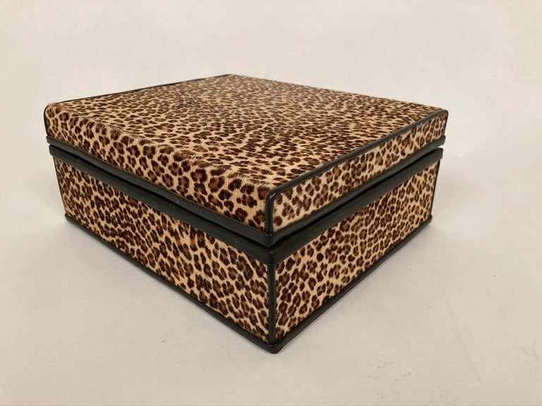 1960s French Leopard Box with Lizard Skin Interior and Black Leather Trim For Sale 14