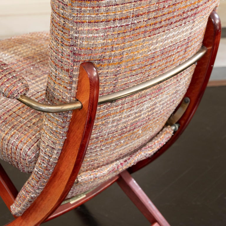 1960s French Mahogany Reclining Armchairs, Bouclè Chanel Fabric, Brass Details In Good Condition For Sale In Firenze, IT