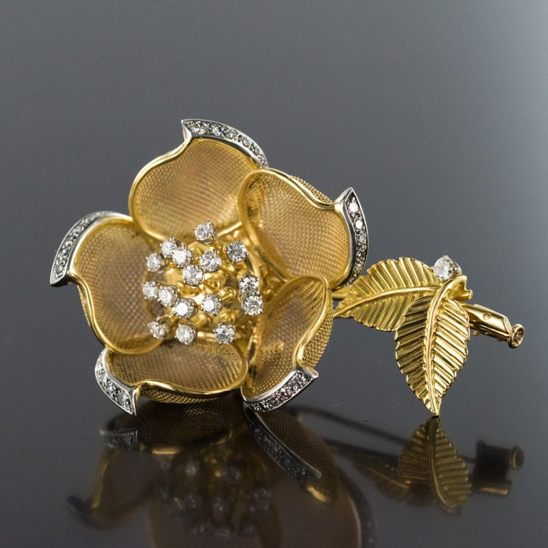 1960s French Retro Rose Shape Articulated Diamond Yellow Gold Brooch For Sale 9