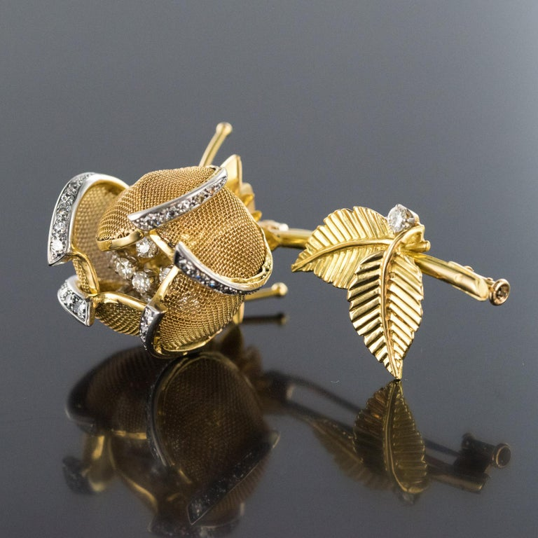 1960s French Retro Rose Shape Articulated Diamond Yellow Gold Brooch For Sale 10