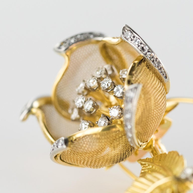 1960s French Retro Rose Shape Articulated Diamond Yellow Gold Brooch For Sale 2