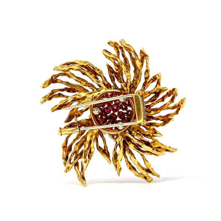 Round Cut 1960s French Ruby and Diamond Brooch in 18 Karat Yellow Gold For Sale