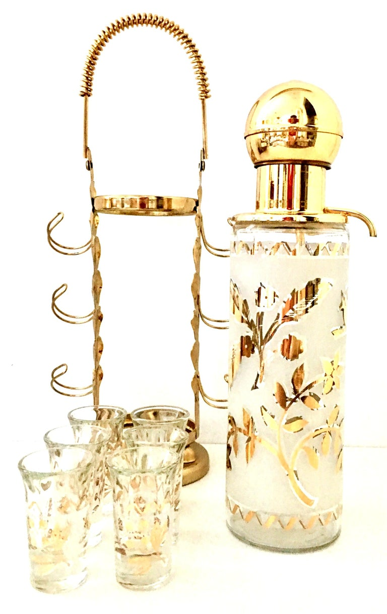 Hollywood Regency 1960s Frosted Glass and 22-Karat Gold and Gilt Brass Drinks Set of 9 For Sale