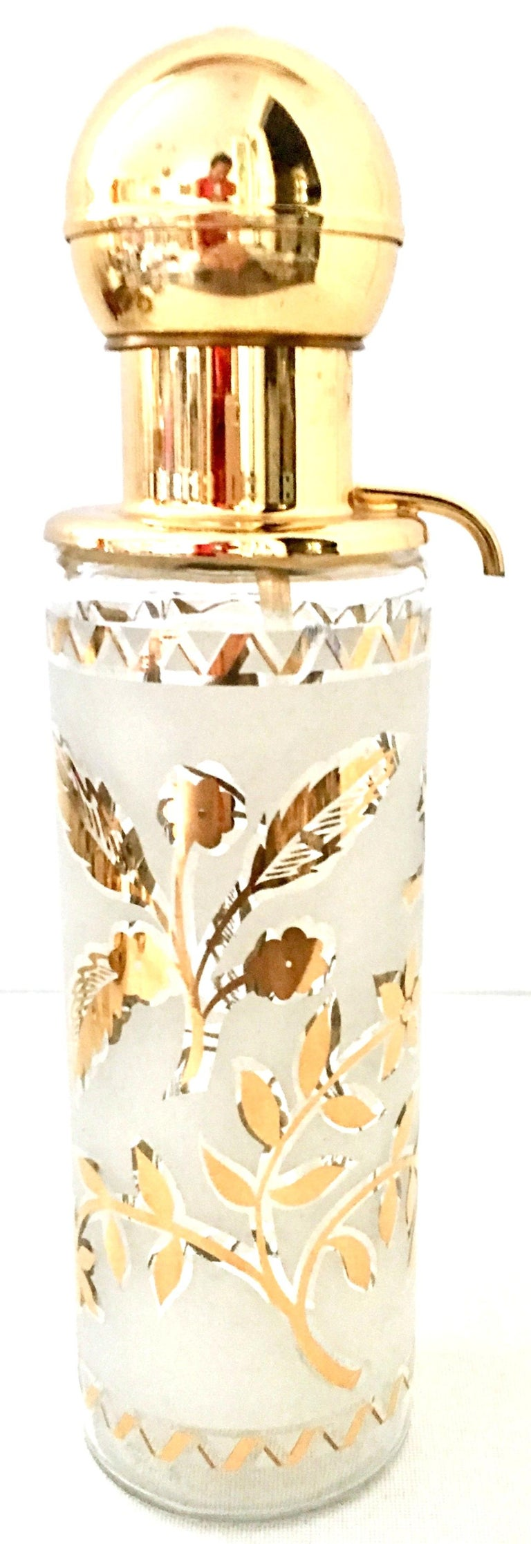 North American 1960s Frosted Glass and 22-Karat Gold and Gilt Brass Drinks Set of 9 For Sale