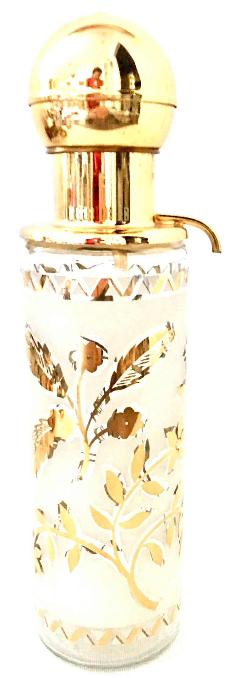 1960'S Frosted Glass & 22-Karat Gold Gilt Brass Drinks S/9 In Good Condition For Sale In West Palm Beach, FL
