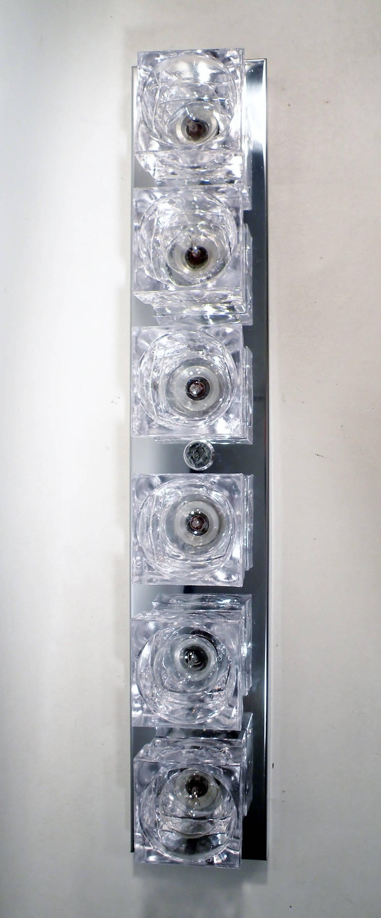 Mid-20th Century 1960s Gaetano Sciolari Six-Light Crystal Cube Flush Mount Strip Lamp For Sale