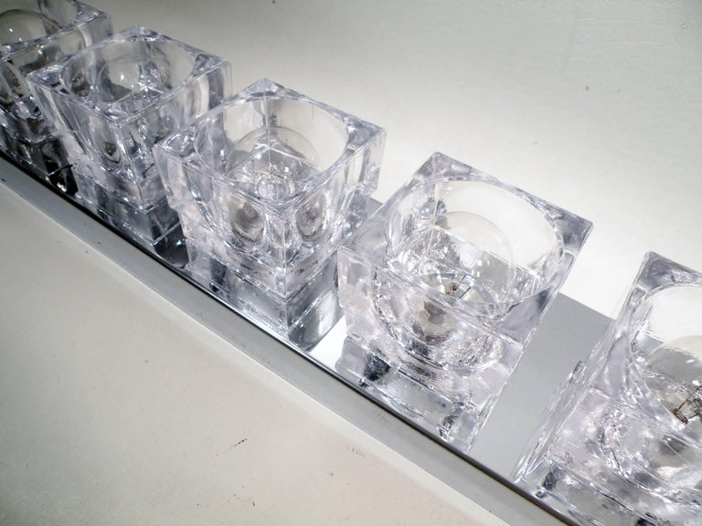 1960s Gaetano Sciolari Six-Light Crystal Cube Flush Mount Strip Lamp For Sale 1