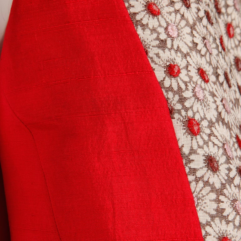 1960s Galanos Vintage Floral Print Mod Coat with Cropped Sleeves + Red Lining For Sale 1