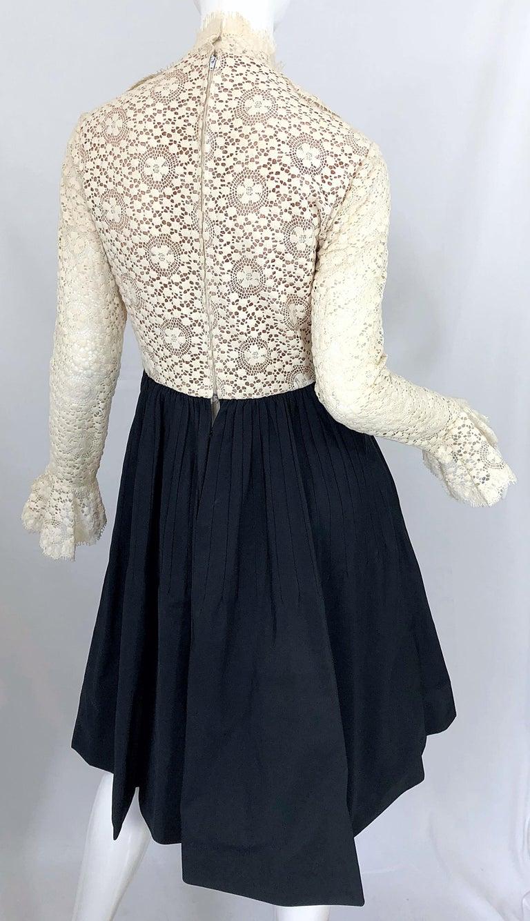 1960s Geoffrey Beene Ivory Crochet and Black Silk Taffeta Vintage 60s Dress For Sale 7