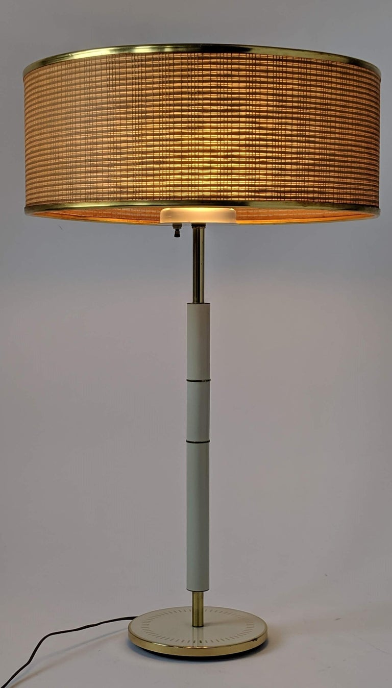 1960s Huge Gerald Thurston 3 Lights Tall Table Lamp , USA  In Good Condition For Sale In St- Leonard, Quebec