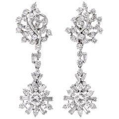 1960s GIA Diamond 9.02 Carat Platinum Chandelier Dangle Drop Earrings