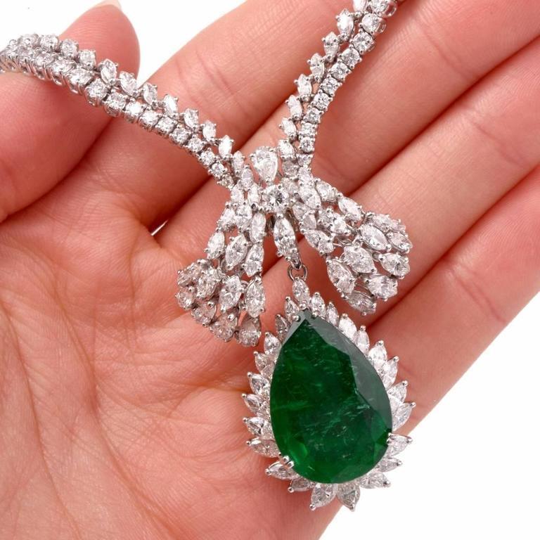1960s GIA Emerald Diamond Choker Pendant Necklace For Sale 3
