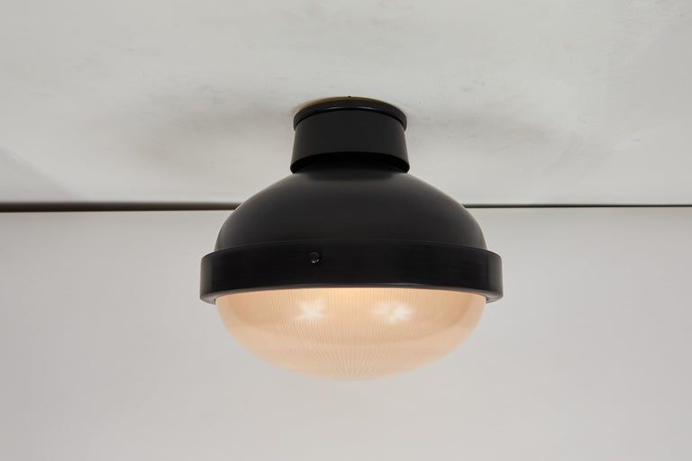 Mid-20th Century 1960s Gino Sarfatti Model 3027/p/g Metal and Glass Ceiling Lamp Arteluce For Sale