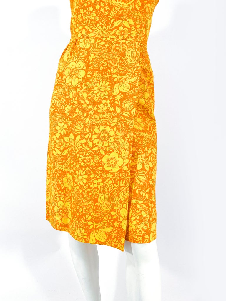 1960s Gold and Orange Floral Printed Cotton Dress In Good Condition For Sale In San Francisco, CA