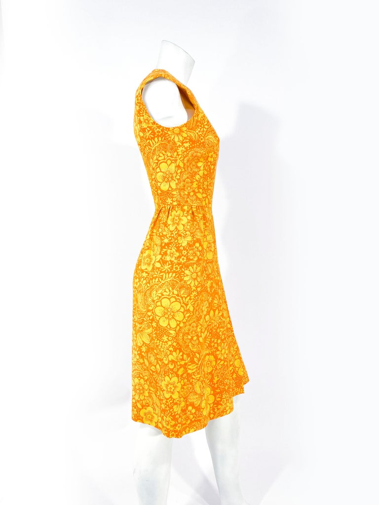 1960s Gold and Orange Floral Printed Cotton Dress For Sale 1