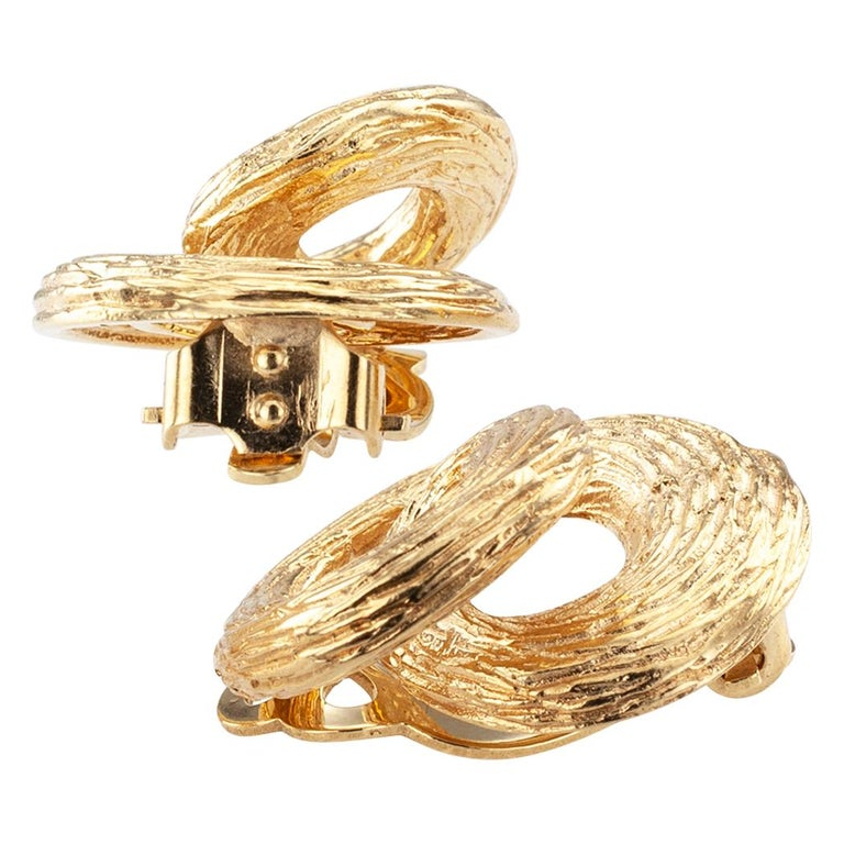 Women's 1960s Gold Knot Ear Clips For Sale