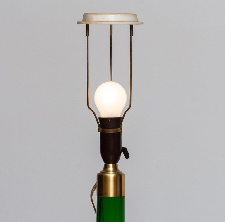1960s Green Scandinavian Glass Table Lamp Made by Holmegaard, Denmark In Good Condition For Sale In Silvolde, Gelderland