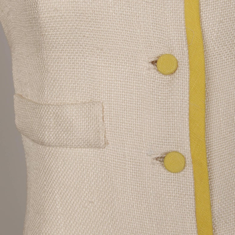 1960s Harvey Berin by Karen Stark Vintage Yellow + White Linen Sheath Dress For Sale 1