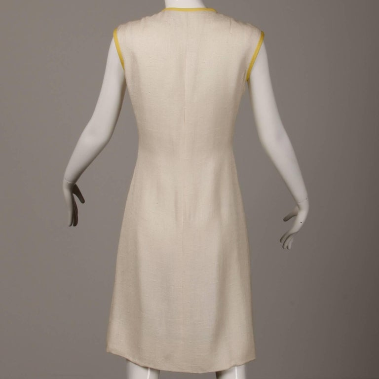 1960s Harvey Berin by Karen Stark Vintage Yellow + White Linen Sheath Dress For Sale 2