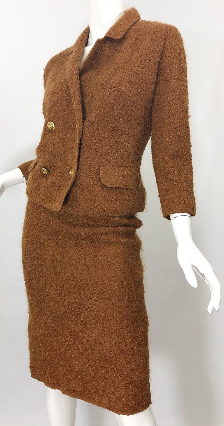 1960s I Magnin Couture Mohair Tobacco Rust Brown Vintage 60s Skirt + Blazer Suit For Sale 10