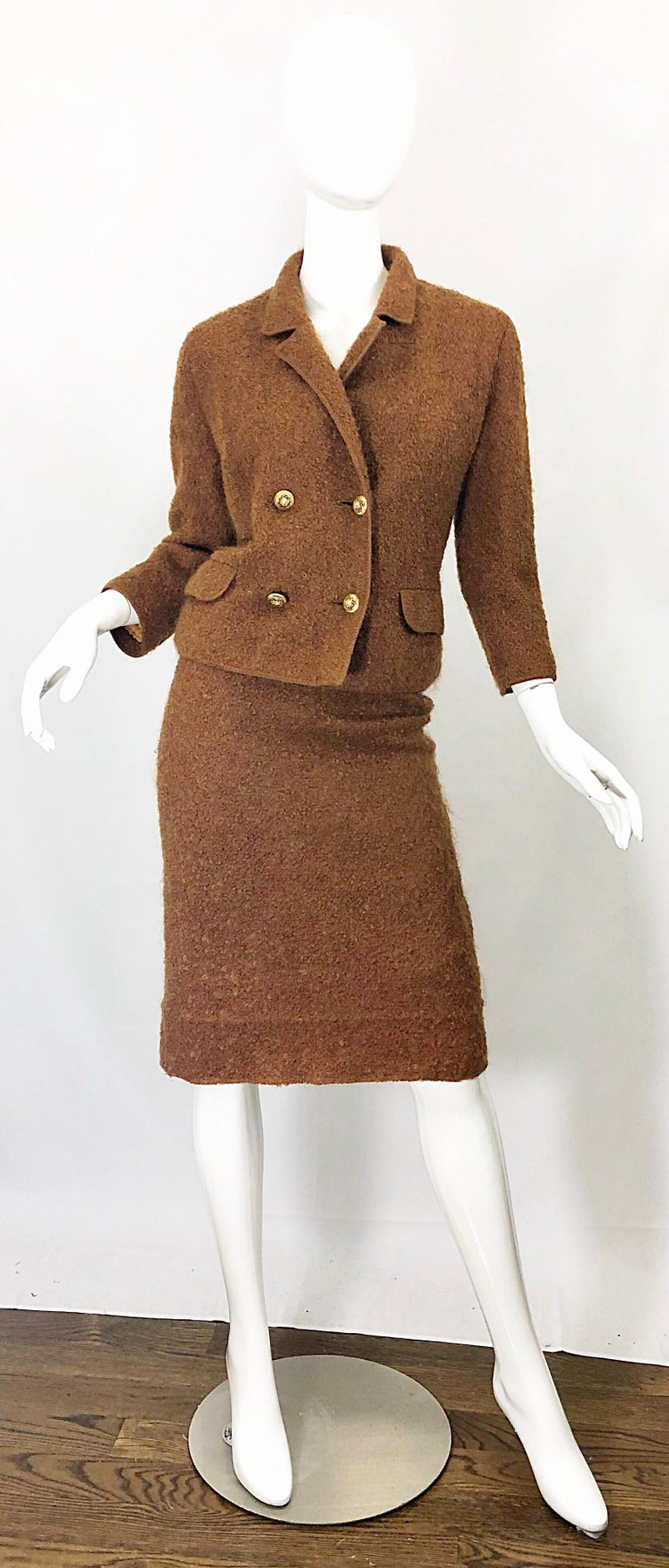 1960s I Magnin Couture Mohair Tobacco Rust Brown Vintage 60s Skirt + Blazer Suit For Sale 11