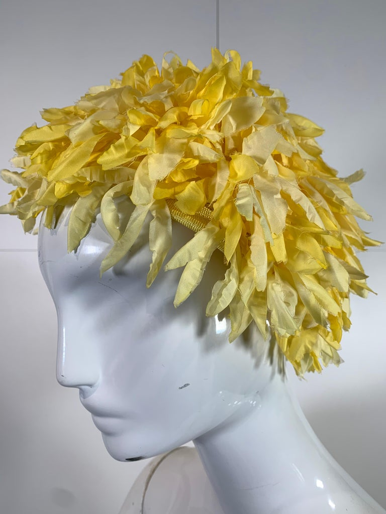 Women's 1960s I. Magnin Yellow and White Floral Petal Millinery Turban  Hat  For Sale