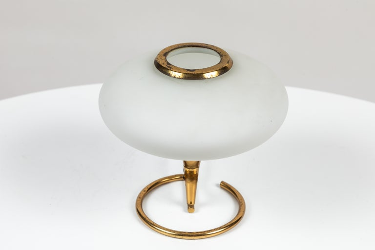 1960s Italian Brass and Glass Table Lamp Attributed to Stilnovo For Sale 1
