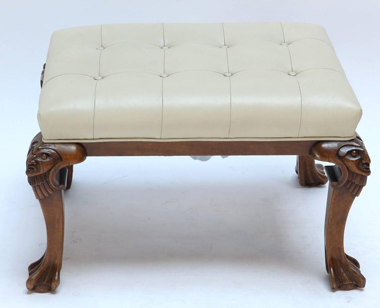 1960s Italian Carved Wood Tufted Leather Bench In Good Condition For Sale In Los Angeles, CA