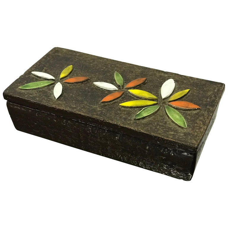 1960s Italian Ceramic Lidded Box with Flower Relief by Bitossi for Raymor For Sale