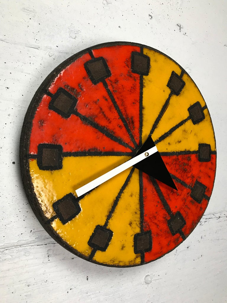 1960s Italian Ceramic Wall Clock by Bitossi & George Nelson In Good Condition For Sale In St.Petersburg, FL
